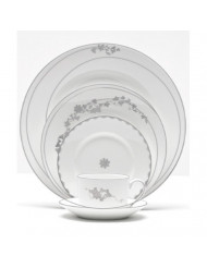 Vera Wang China Vera Fleurs Lunch Plates - Accent