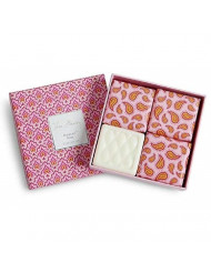 Vera Bradley Macaroon Rose Set of 4 Soap Gift Set