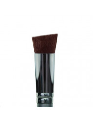 Vasanti Angled Flat Top Foundation - Full coverage brush