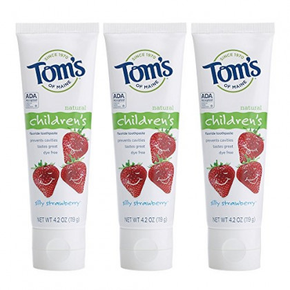 Tom's of Maine Anticavity Fluoride Children's Toothpaste, Kids Toothpaste, Natural Toothpaste, Silly Strawberry, 4.2 Ounce (Pack of 3)
